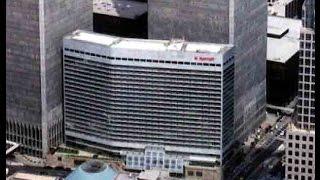 В результате попадания самолётов в день атаки разрушились три здания ВТЦ