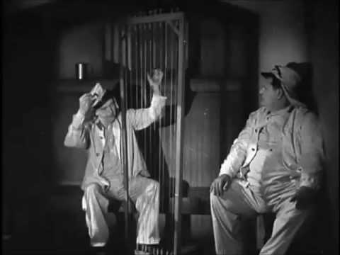 Stan Laurel doblado por Harpo Marx