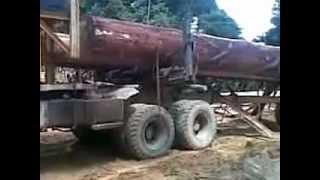 logging truck nissan tz 52 PT AYI