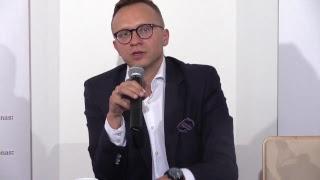 NA ŻYWO: Program Mieszkanie+ przedstawił Wiceminister Inwestycji i Rozwoju Artur Soboń (Klub Ronina)