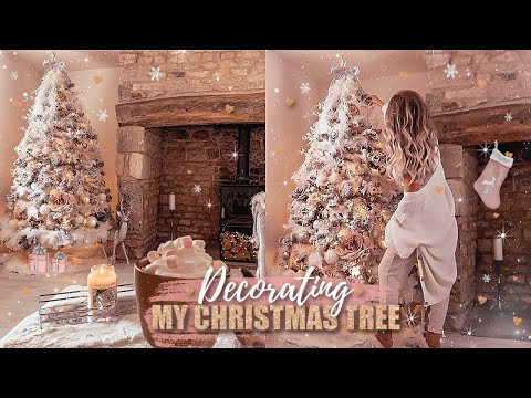 DECORATING MY CHRISTMAS TREE 2019! BLUSH PINK, WHITE, ROSE GOLD + FAUX FUR | Gemma Louise Miles