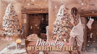 DECORATING MY CHRISTMAS TREE 2019! BLUSH PINK, WHITE, ROSE GOLD + FAUX FUR | Gemma Louise Miles