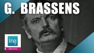 """Georges Brassens """"Dans l'eau de la claire fontaine"""" (live) - archive vidéo INA"""