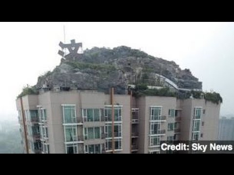 Bizarre Beijing Mountain Penthouse to be Torn Down