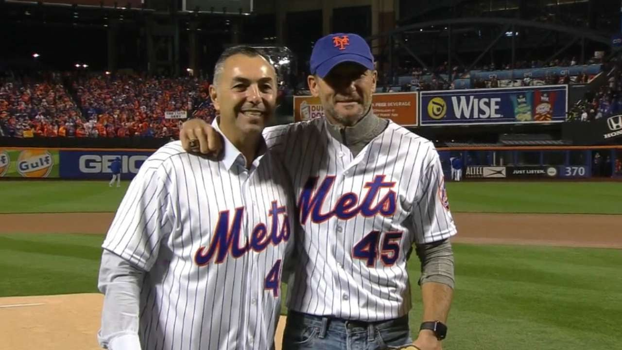 Tim Mcgraw Threw Opening Pitch At World Series The Path That Led