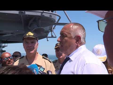 .      .         Надявам се в следващите три-четири месеца да завършим поръчката за новите кораби за флота. Правителството ще изпълни ангажимента си към военните моряци.