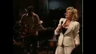 Marianne Faithfull - Working Class Hero [1995] (Live)