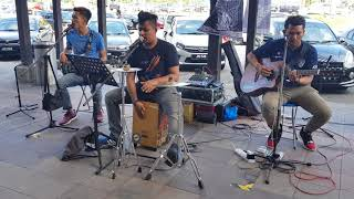 Tomat (Tobat Maksiat) - Wali Band (cover by One Avenue Buskers)