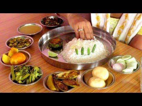 Eating Egg Curry, Vegetables With Rice || Bengali Food Eating Show || Hot Chilli