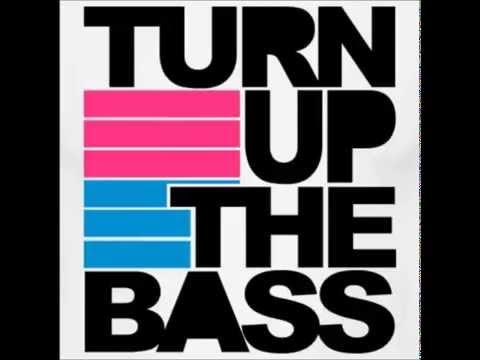 Furkan Soysal - Turn Up The Bass