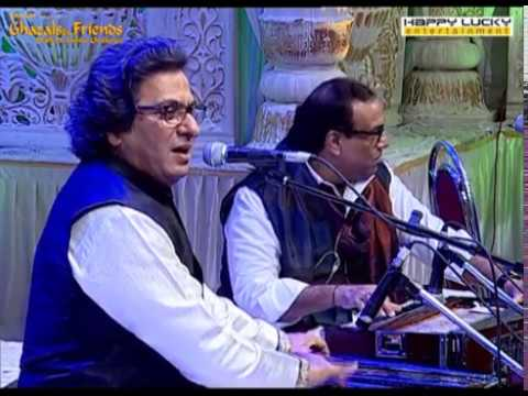 Rafta Rafta Woh Meri by Talat Aziz Live | HappyLucky Entertainment