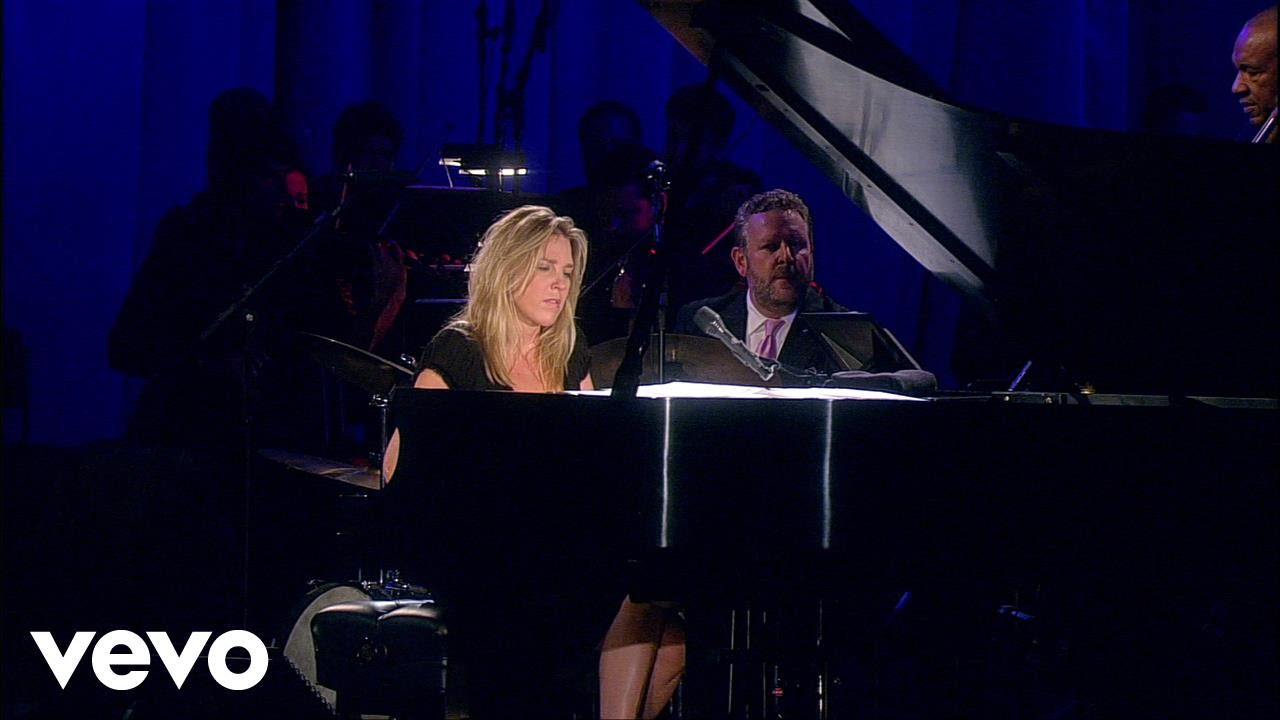 Diana Krall | Walk On By (Live)
