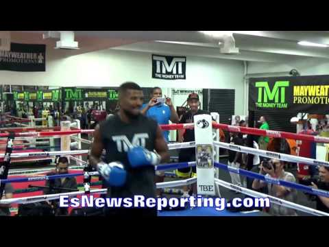 Badou Jack vs Nathan Cleverly Who You Got? esnews boxing