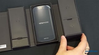 YotaPhone 2 Unboxing: Two Screens Are Better Than One