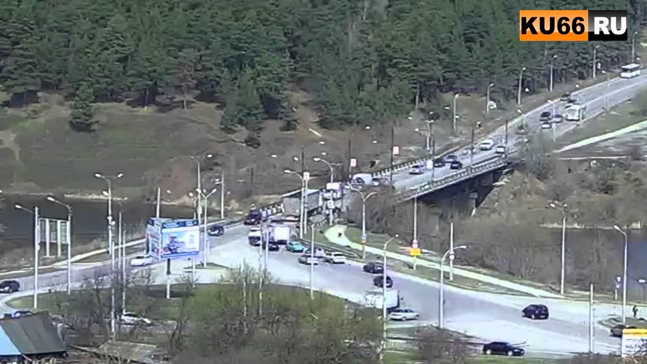 ДТП на Байновском мосту 22.04.2016