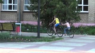 Видео с велосипедами . Прицеп к велосипеду(Пишут