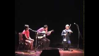 """""""Burung Layang-Layang"""" (A.T. Mahmud) - Jubing (guitar), Reda (vocal), & Didiet (violin)"""