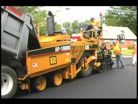 cat ap1000d asphalt paver in action