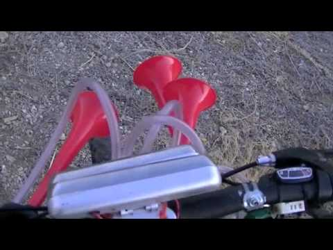 Yankee Doodle Musical Air Horns Installed On Bicycle