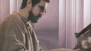 Emiliano Salvador - Convergencia (canta Pablo Milanés)