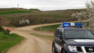 أخبار عالمية   الأمن اليوناني يفكك شبكة #تهريب مهاجرين إلى دول أوروبية أخرى