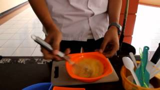 [Procedural Text] HOW TO MAKE AN OMELET.mpg