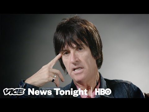 "Johnny Marr Reimagines Humanity With His New Hit ""The Tracers"" (HBO)"