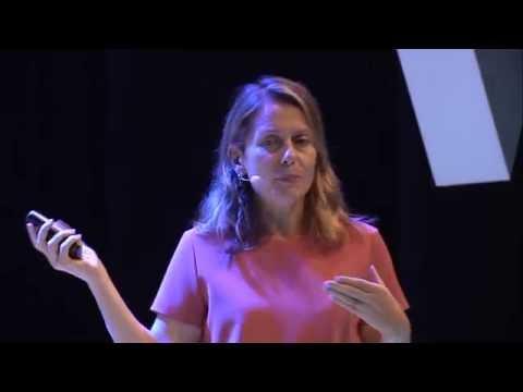 Paola Antonelli from MoMa – Lo Strano Rapporto tra Design e Violenza