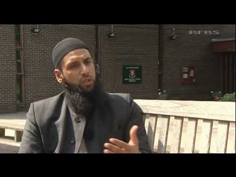 Armed forces Muslim Chaplain explains how personnel cope during Ramadan 05.08.11