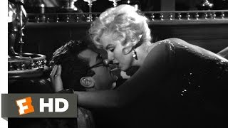 Some Like It Hot (9/11) Movie CLIP - Learning to Kiss (1959) HD