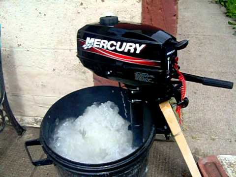 Mercury 2 5 hp outboard motor running youtube for 2 2 mercury outboard motor