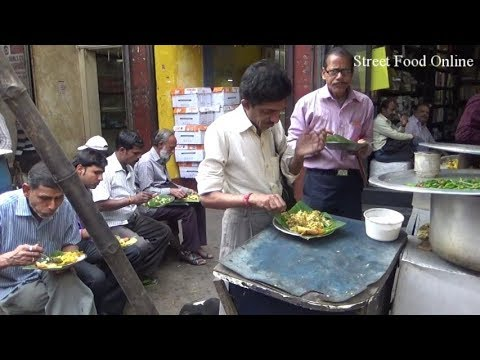 All Are Eating With Very Attention | Kolkata Roadside Food | Street Food Online
