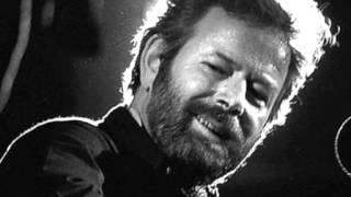 Franz Josef Degenhardt - Landleute nageln tote Eulen oft an ihre Scheunen (1969)