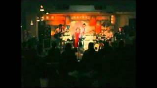 11/11に三軒茶屋GRAPE FRUITS MOONで行われたライブ。 芋洗坂係長(アイ...