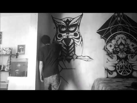 Spray Painting a Graffiti Character – Owl painting timelapse