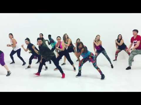 Bailalo by Armando &a Heidy Zumba choreography
