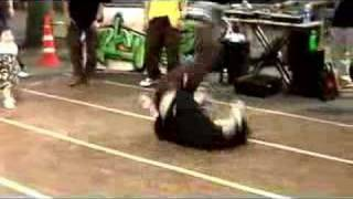 Japanese Breakdancing in Tokyo - Rhythm Sneakers