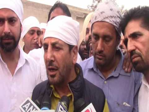 Gurdas Maan Remember To Mother After Cremation At His Village