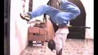 hiphop - 街舞基本功-倒立教學