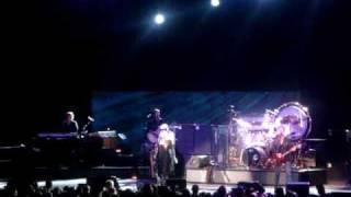 Fleetwood Mac - Dreams (live, edmonton 2009)