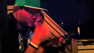 Freestyle acoustic rap