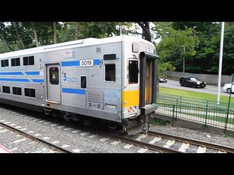 Lirr A Few trains at Glen Cove 8/12/15