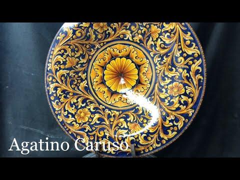 Piatto in maiolica siciliana decoro ornato fondo blu youtube