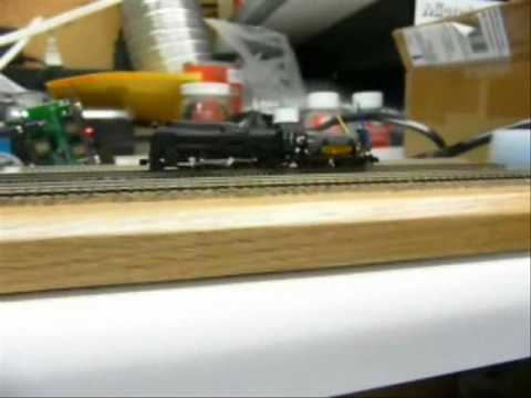 Tenshodo Z scale Steam loco with DCC.wmv