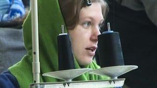 Эвакуированные из луганской женской колонии заключённые обживаются на новом месте (новости)(http://www.epochtimes.ru ] Заключённые Луганской женской колонии, из-за боев эвакуированные 16 октября в Харьков, прив..., 2014-10-30T11:40:42.000Z)