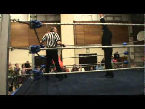 MaxPro: Jake O'Reilly vs Dragon Lee