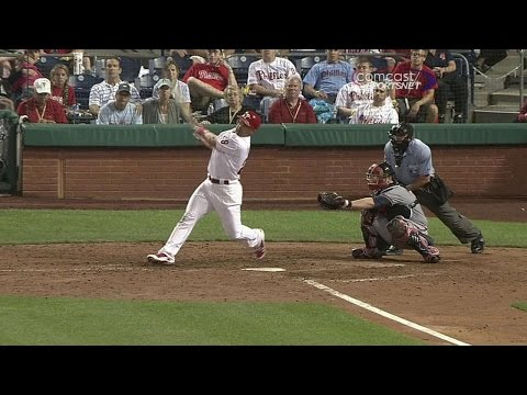 Ibanez cranks a walk-off blast in the 10th