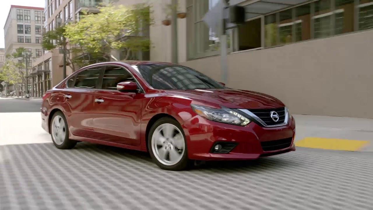 Nissan Dealership Chicago >> Gerald Nissan Of Naperville Nissan Sales In Naperville Il