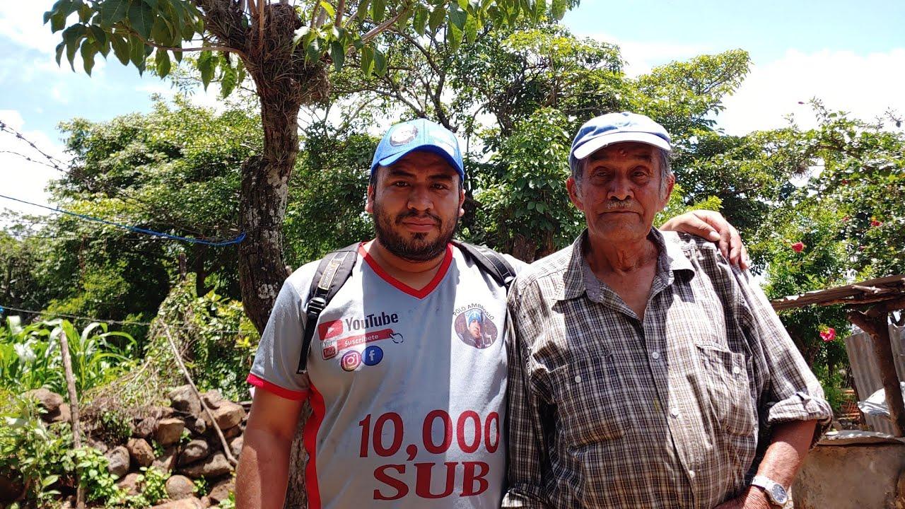 mi abuelo, leonives escobar/nos transporta al pasado/de aldea el quebracho/GUATEMALA,