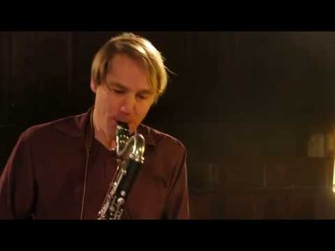Chris Cundy, solo, at The Chapel-MVI 4580